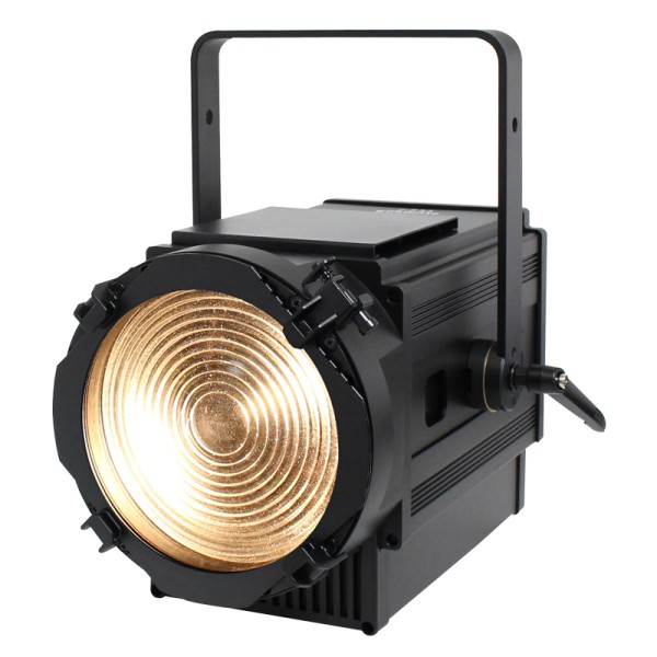 eLumen8 TZ250 LED Zoom Fresnel WW