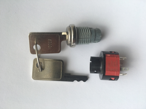 PyroFlash Replacement Key Switch & 2 Keys
